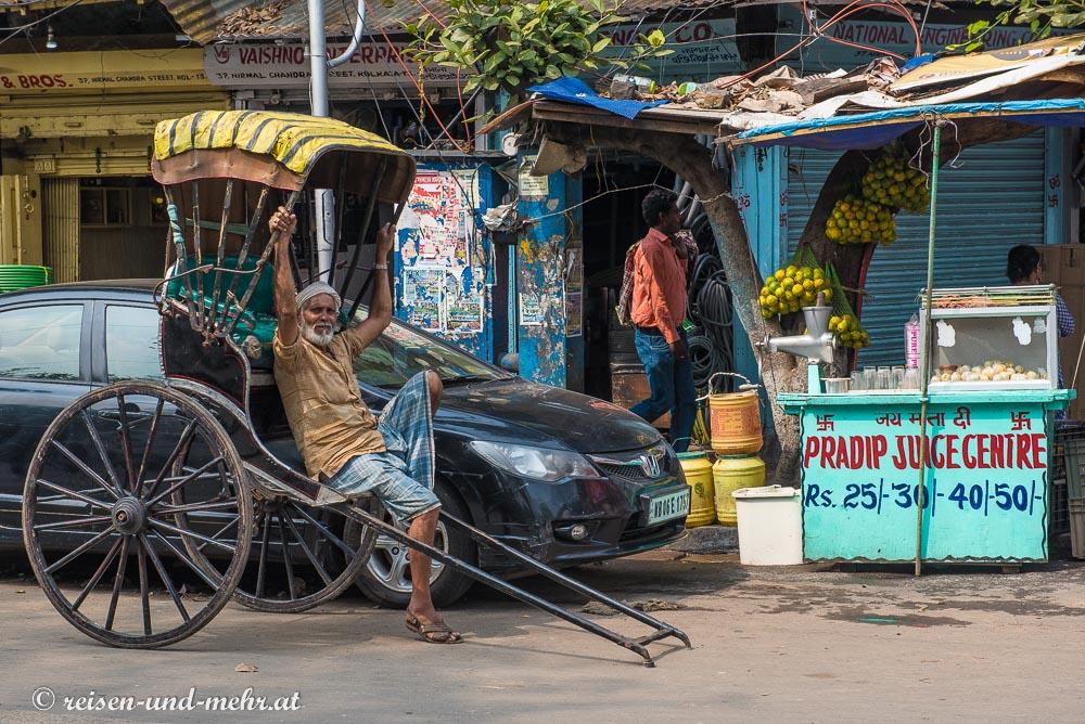 Menschenrikscha in Kalkutta