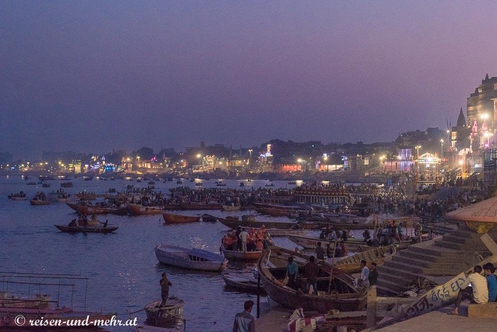 Varanasi bei Nacht