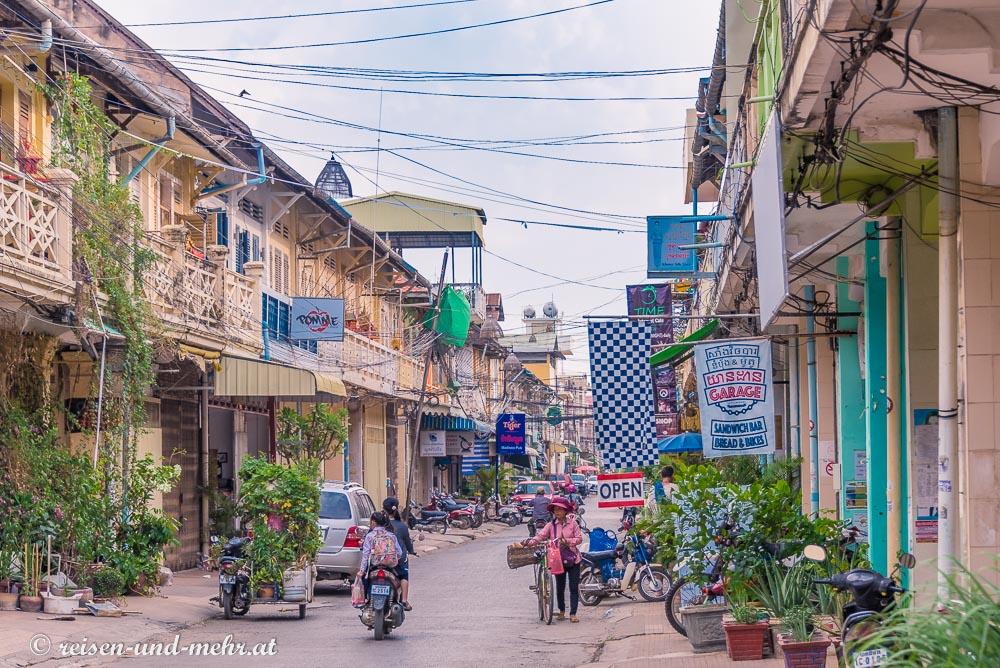 Straßenszene in Battambang, Kambodscha
