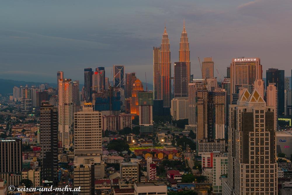 Kuala Lumpur vom Regalia Komplex aus gesehen