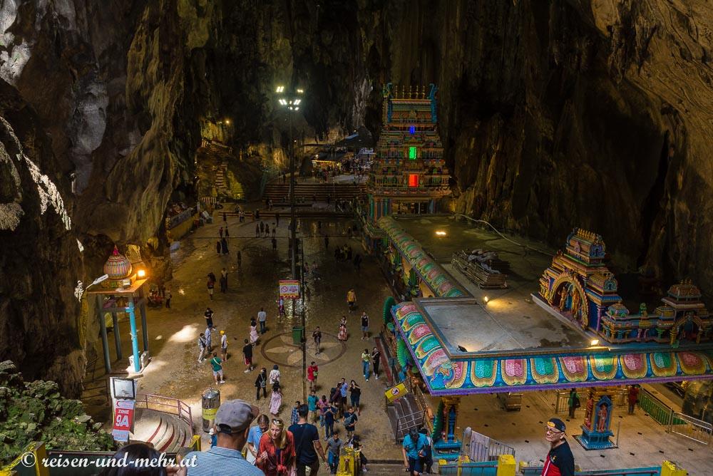 Im Inneren der Batu Caves, Kuala Lumpur