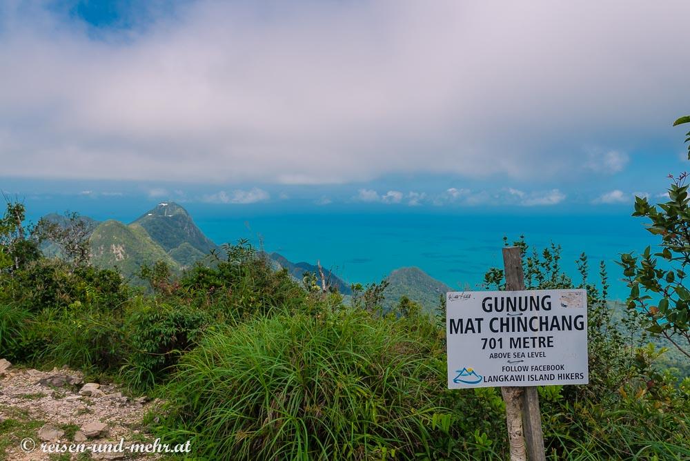 Auf dem Gipfel des Gunung Mat Chinchang, Langkawi