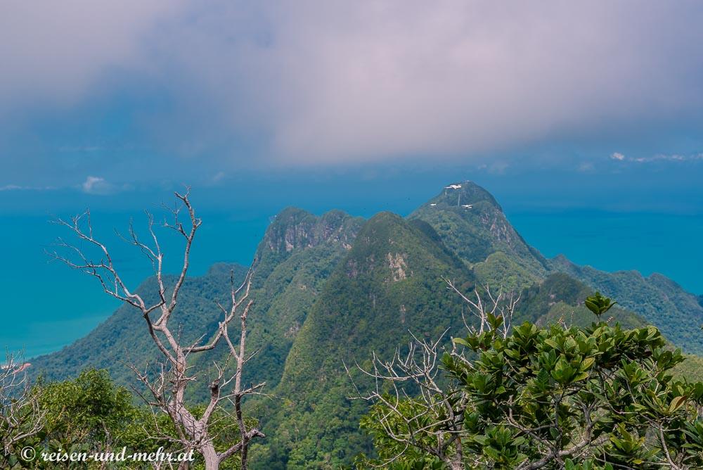 Am Gipfel des Gunung Chinchang
